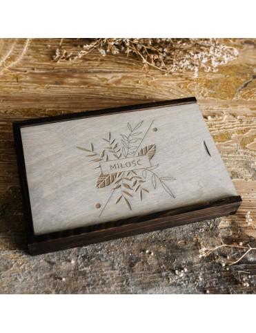 Drewniane pudełko na 50...